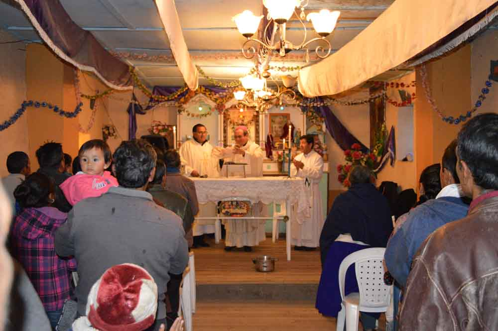 Río Blanco-Visita del Arzobispo